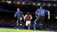 Cкриншот UEFA Champions League 2006-2007, изображение № 470894 - RAWG