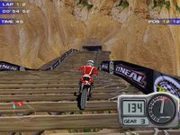 Cкриншот Moto Racer 2, изображение № 220346 - RAWG