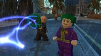 Cкриншот LEGO Batman 2 DC Super Heroes, изображение № 187845 - RAWG