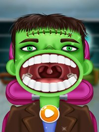 Cкриншот Halloween Dentist - Horror And Scary, изображение № 1743638 - RAWG