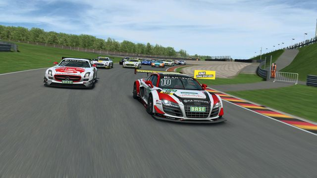 RaceRoom Racing Experience screenshot